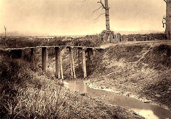 012.Cổng làng Trạch-Mai