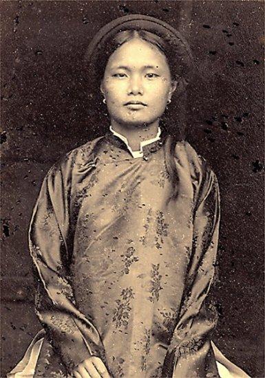 012.Con gái Nam-Ðịnh