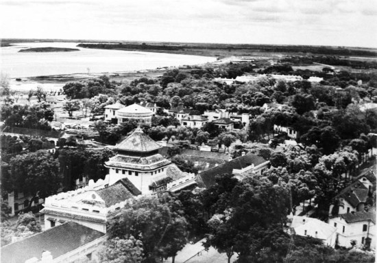 Sông Hồng về phía cuối dòng (Lycée du protectorat et Albert Sarraut)