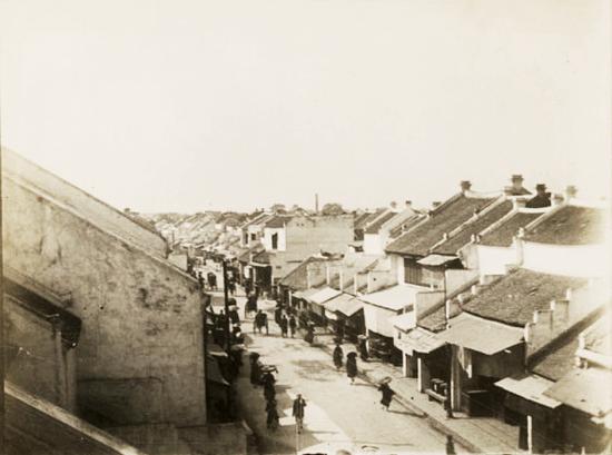 016. Phố Hàng Đào- La rue de la Soie ca. 1910