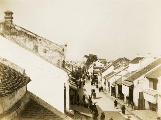 016. Phố Hàng Đường 1910