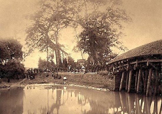 020.Quân Pháp nghỉ chân trên đường tiến về Hưng-Hóa