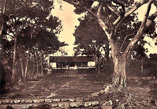 028.Một ngôi chùa (đền -chưa rõ) nhỏ ở Ti-Cau