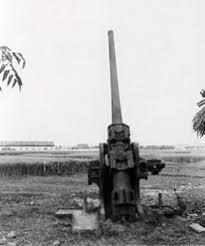 032.Pháo đài Láng, nơi bắn phát đạn đầu tiên vào Hà Nội, mở đầu ngày toàn quốc kháng chiến, 19-12-1946