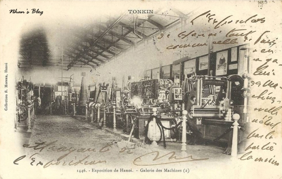 Gian trưng bày các loại máy móc
