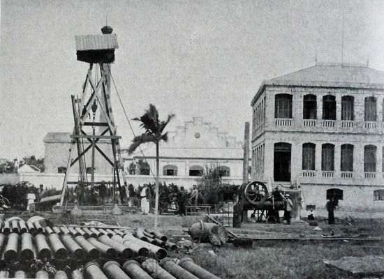 040.Khoan giếng ở nhà máy nước Hà Nội (khoảng 1900)