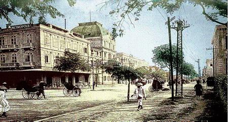 Một trong những bức ảnh đầu tiên về khách sạn Metropole, chụp năm 1901, năm khánh thành khách sạn.