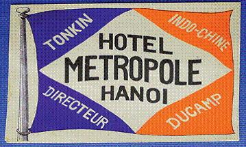 Mẫu thiết kế logo đầu tiên của khách sạn.