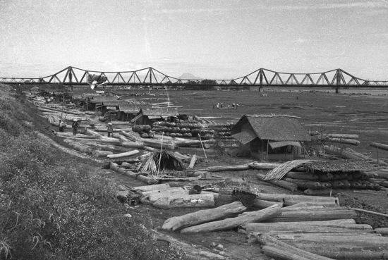 HANOI 1940 - Long Bien Bridge 2