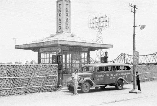 HANOI 1940 - Texaco gas station 3