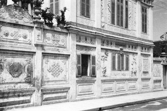 HANOI 1941 - Side of a building
