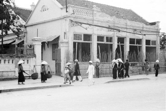 HANOI 1941 - Street scene