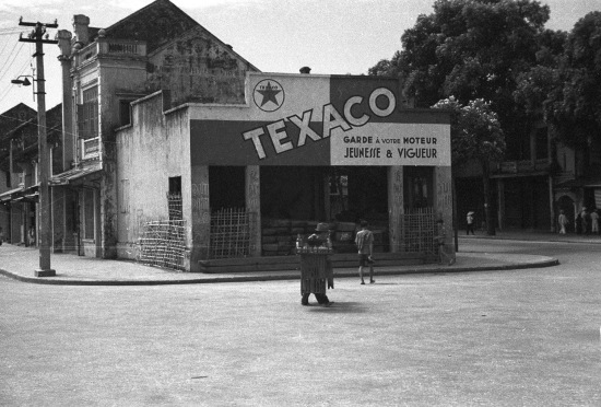 Hanoi ca. 1941 - Texaco advertisement