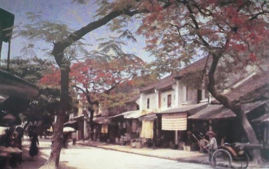 Đường phố Hàng Thiếc xưa.