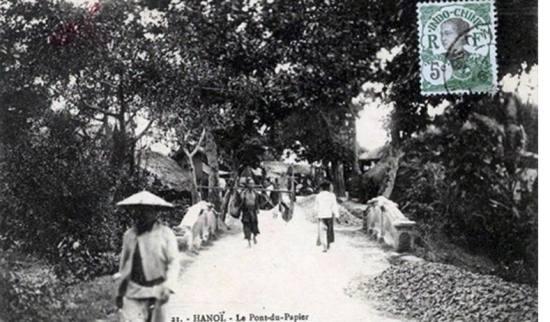 Làng nghề làm giấy ô Cầu Giấy năm 1883
