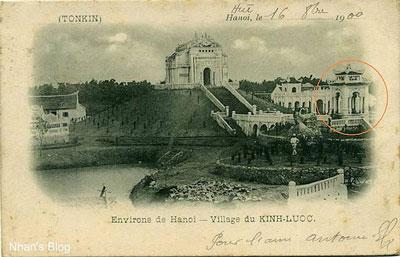 Lăng Hoàng Cao Khải trong một tấm bưu thiếp xưa (ảnh tư liệu)