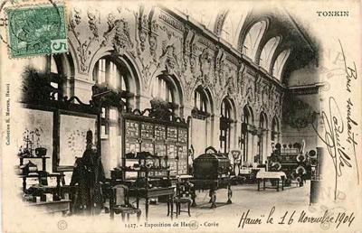 Một gian hàng trưng bày trong cuộc đấu xảo 1902.