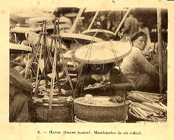 Người bán bỏng trong chợ Đồng Xuân.