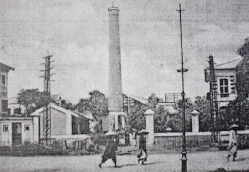 Nhà máy đèn Bờ Hồ trên đường F.Garnier. Ảnh tư liệu