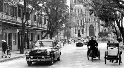 003.Ford Vedette Hanoi
