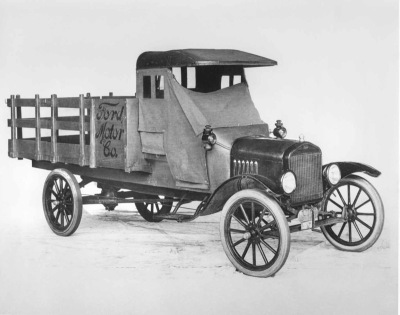 Ford 1918 pickup.