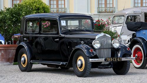 Xe Peugeot đời 1932 từng xuất hiện ở Hà Nội.