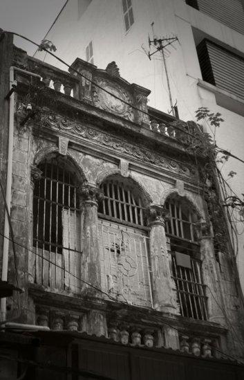 033.Một căn nhà trên phố Tràng Thi