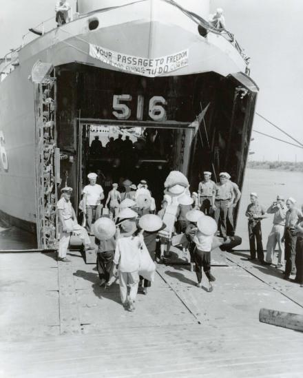 Operation Passage to Freedom, October 1954 đi tìm tự do