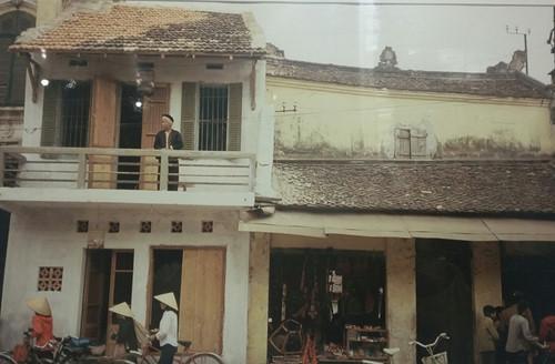 Nhà phố cổ ở Hàng Đào - Hà Nội năm 1984