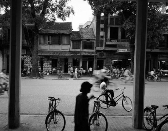 Phố Hàng Bông, Hà Nội.