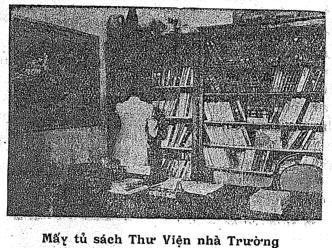 Mâý tủ sách Thư Viện nhà Trường