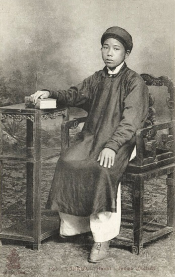 Chàng thư sinh Hà Nội .