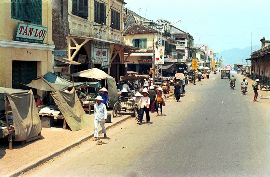 Đường phố ở Đà Nẵng năm 1970.