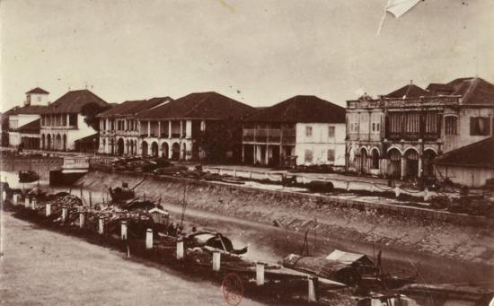 Khu phố Tây ở Sài Gòn.
