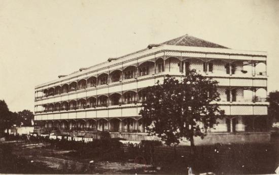 Doanh trại trong thành Sài Gòn.