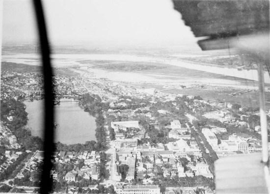 Khu vực bờ hồ năm 1929.