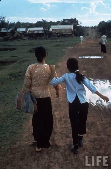 Cuộc đời của Nguyễn Thị Tròn từ đó bước sang một trang mới…