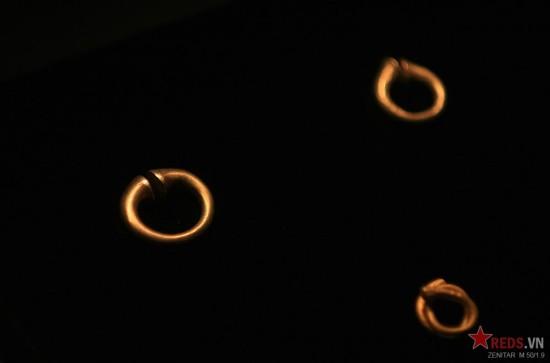 Những kiểu nhẫn đơn giản hơn.