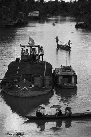 Khung cảnh sông nước ở đồng bằng sông Cửu Long năm 1980.