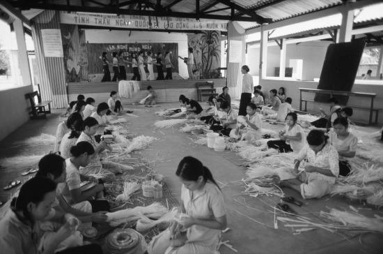 Trường giáo dưỡng dành cho gái mại dâm ở TP. HCM, nơi các phụ nữ lầm lỡ được quan tâm chăm sóc, chu cấp về vật chất, học nghề và tham gia các hoạt động văn hóa.