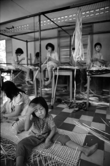 Những đứa trẻ trong trại giáo dưỡng dành cho gái mại dâm, TP HCM.