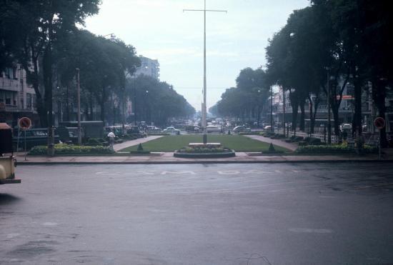 Đại lộ Lê Lợi.