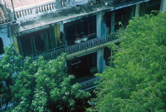 Một dãy phố Sài Gòn nhìn từ trên cao.