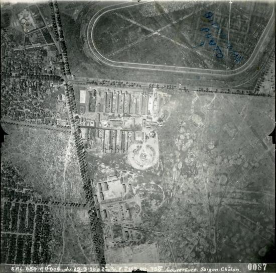 Khu vực trống trải gần Trường đua Phú Thọ ngày nay là phường 14, Quận 10.