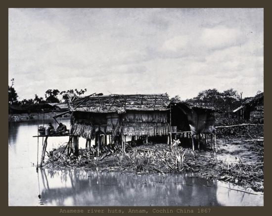 Nhà lá bên sông ở Nam Kỳ.