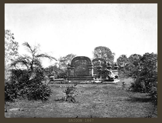 Một ngôi mộ của người có vai vế.