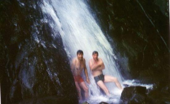 Thư giãn ở thác Bạc, Tam Đảo.