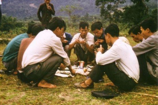 Buổi picnic ở vùng rừng núi Đại Từ, Thái  Nguyên.
