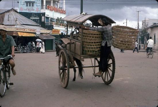 Những đường phố và không gian sinh hoạt đặc trưng Sài Gòn
