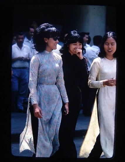 Thiếu nữ TP Sài Gòn